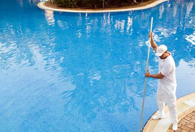C mo mantener la piscina limpia for Como mantener una piscina limpia