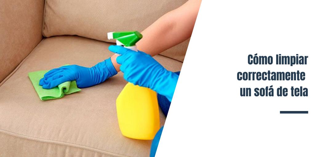 Cómo limpiar correctamente un sofá de tela