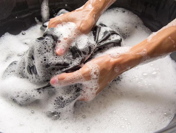 Consejos para limpiar y desinfectar nuestra ropa para evitar el coronavirus